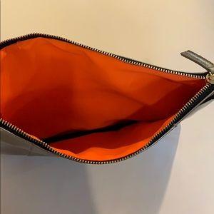 Bags - NEW metallic clutch